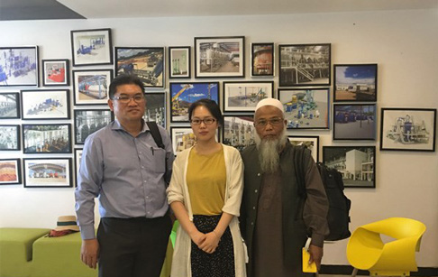 Malaysian customers visited we DOING to inspect radiator recycling machine